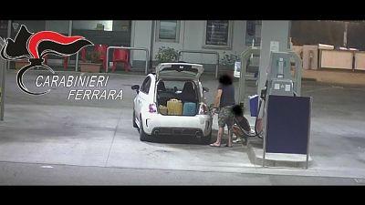 Furto carte carburante Comune,arrestato