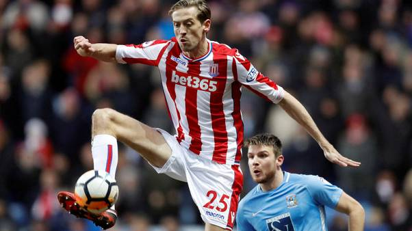 Crouch set for Premier League return with Burnley in Vokes swap deal
