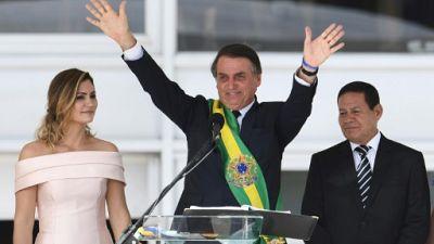 Jair Bolsonaro, un premier mois mouvementé à la tête du Brésil
