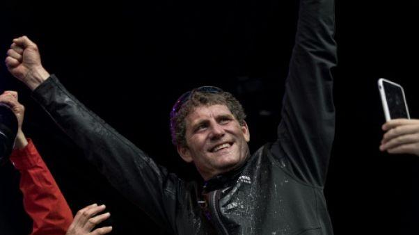 Charles Caudrelier, vainqueur d'une course extrême autour du monde, élu marin de l'année 2018