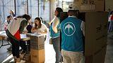 انتخابات رئاسية في السلفادور يتصدرها سياسي من خارج الحزبين الرئيسيين