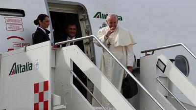 Papa in viaggio per Abu Dhabi