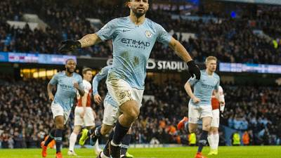 Tris Aguero, City batte l'Arsenal