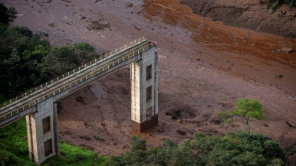 Effondrement d'un barrage au Brésil: nouveau bilan de 134 morts et 199 disparus