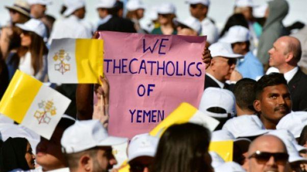 A Abou Dhabi, le pape fait vibrer des fidèles d'une multitude de nationalités