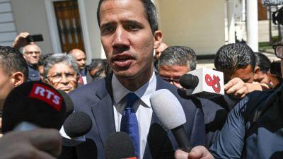 Juan Guaido s'adresse à la presse à Caracas, le 5 février 2019