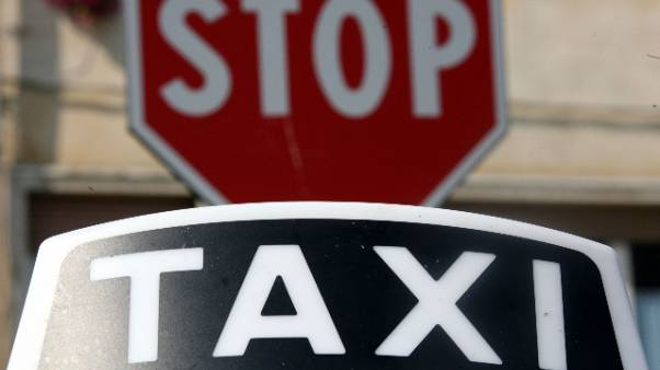 Inseguimento in taxi, arrestato evaso