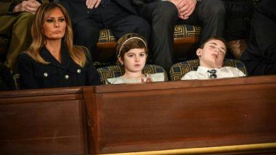 """(Joshua) Trump s'endort pendant le discours du président et devient symbole de la """"résistance"""""""