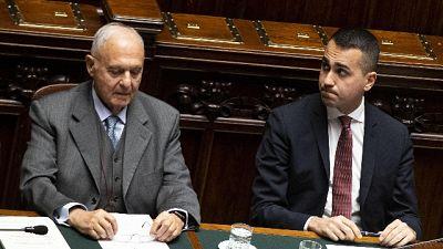 Consob: Di Maio, Savona è compatibile