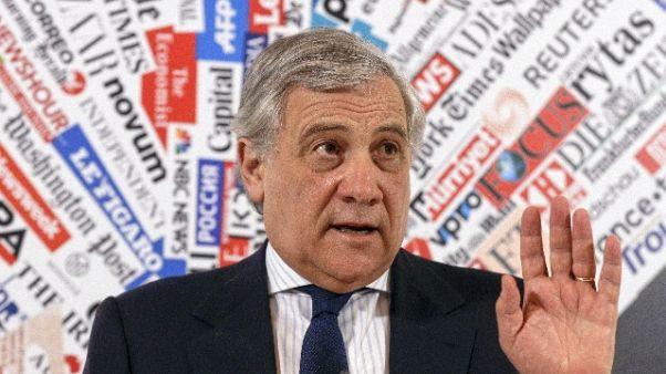Tajani, minacciato per attacchi a Maduro