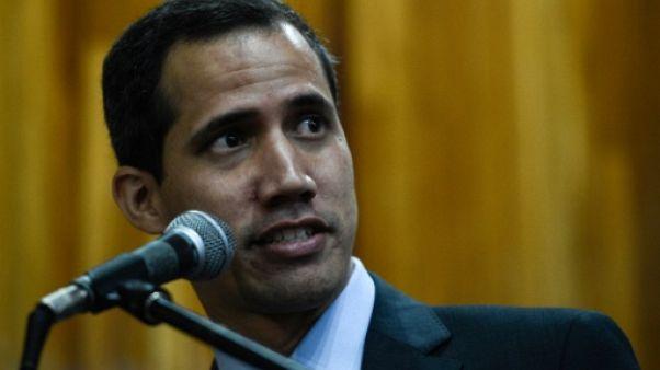 Venezuela: Guaido demande aux militaires de ne pas bloquer l'aide humanitaire