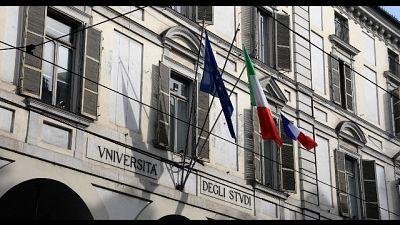 Ateneo Torino espone bandiera Francia