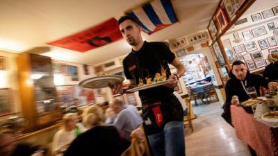 A Belgrade, l'indépendance du Kosovo se refuse en dînant