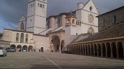 Fibra ottica arriva in Basilica Assisi