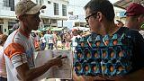 """Le commerce de la douleur: """"pharmacies"""" de rue à la frontière Colombie-Venezuela"""