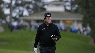 Golf, AT&T, Mickelson e Spieth in testa