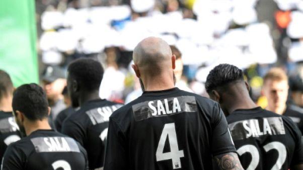Ligue 1: Nantes dit adieu à Sala et craque contre Nîmes