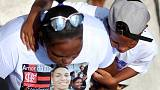 Families begin to bury Flamengo fire victims