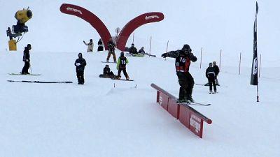 Snowboard:Seehauser resta 'Re Obereggen'