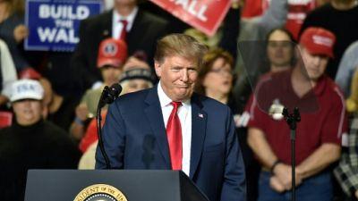 Donald Trump vante le mur en campagne à El Paso, Texas