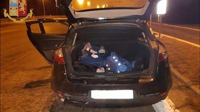 In auto con migranti, arrestato passeur