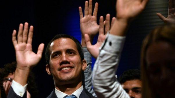 Venezuela: nouvelle mobilisation pour exiger l'entrée de l'aide, à l'appel de l'opposition