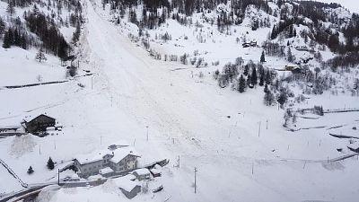 Valanga in Trentino, in cinque salvi
