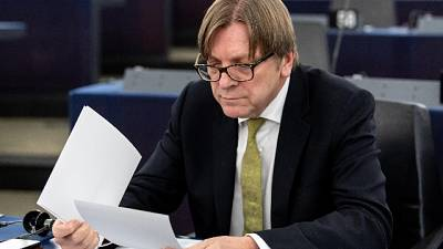 Verhofstadt, Conte burattino di M5S-Lega