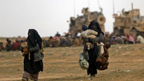 Dans l'est syrien, fuir l'EI pour le dénuement et le froid