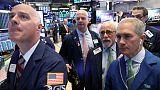 المؤشر ستاندرد آند بورز 500 يهبط بفعل مبيعات التجزئة الأمريكية