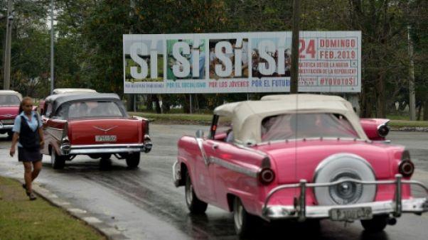 """A Cuba, l'omniprésente campagne pour le """"oui"""" à la Constitution"""