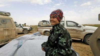 Bétaillères, fervents chrétiens: scènes improbables près du front anti-EI en Syrie