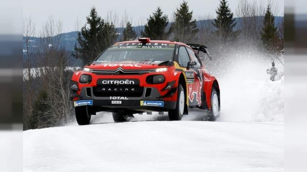 Rallye de Suède: Ogier abandonne après une sortie de route