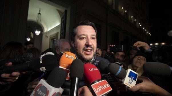 Ue: Salvini, non usciamo dall'Europa