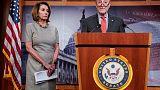 أكبر عضوين ديمقراطيين بالكونجرس يقولان ترامب يمزق الدستور