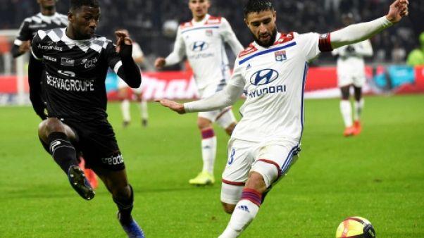 Lyon bat Guingamp 2-1 en L1 avant d'accueillir le FC Barcelone en Ligue des champions