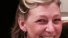 Royaume-Uni: les parents d'une victime du Novitchok réclament des comptes au gouvernement