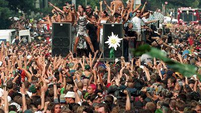 Rave party, 160 giovani denunciati