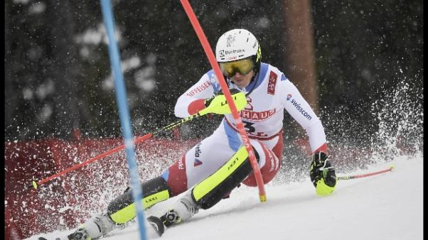 Sci: Mondiali, Holdener guida lo slalom