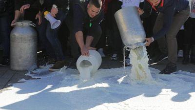 Latte: protesta allevatori nell'ennese