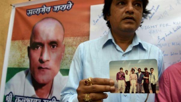 """CIJ: l'Inde demande la libération d'un """"espion"""" condamné à mort au Pakistan"""