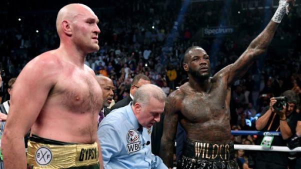 Boxe: Fury signe un juteux contrat avec ESPN, la revanche contre Wilder en suspens