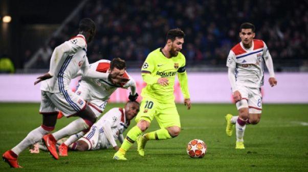 Ligue des Champions: Messi pris dans la nasse