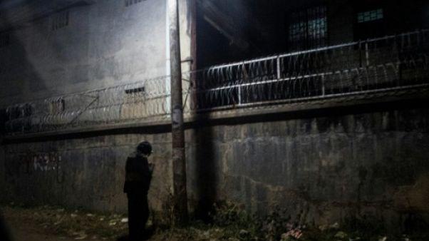 Un toxicomane dans une rue de Muse, en Birmanie, le 10 janvier 2019