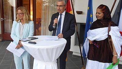 La France et l'Allemagne décernent le prix franco-allemand des droits de l'homme 2018 à Mekfoula Mint Brahim, militante et féministe engagée dans la lutte pour les droits de l'homme