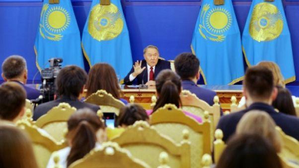 Kazakhstan : le président, déçu des résultats économiques, limoge son gouvernement