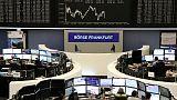 نتائج ضعيفة تدفع الأسهم الأوروبية للنزول من أعلى مستوياتها في 4 أشهر