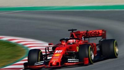 F1: Ferrari sort devant de la première session d'essais hivernaux