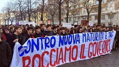 Corteo studenti a Torino, tensioni
