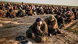 Syrie: 40 camions évacuent hommes, femmes et enfants du réduit de l'EI